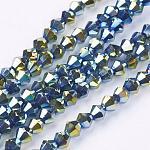Abalorios de vidrio electroplate hebras, facetados, bicono, verde claro, 4x4mm, agujero: 1 mm; aproximamente 104 unidades / cadena