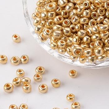 Abalorios de la semilla de cristal electrochapa, rocallas agujero redondo, color del oro, tamaño: aproximamente 3.5~5.5 mm de diámetro, 2.5~6.8 mm de espesor, agujero: 1 mm